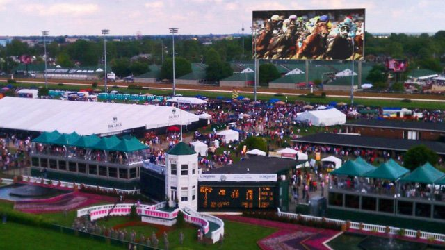 kentucky-derby-led-video-screens